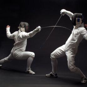 1280-172226343-fencer-on-black