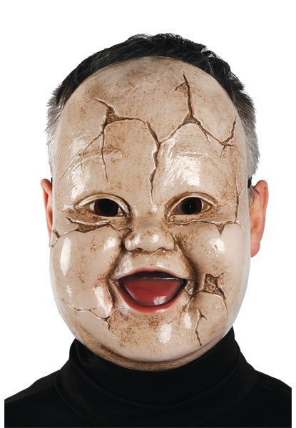 scary-Halloween-mask-giggles-doll