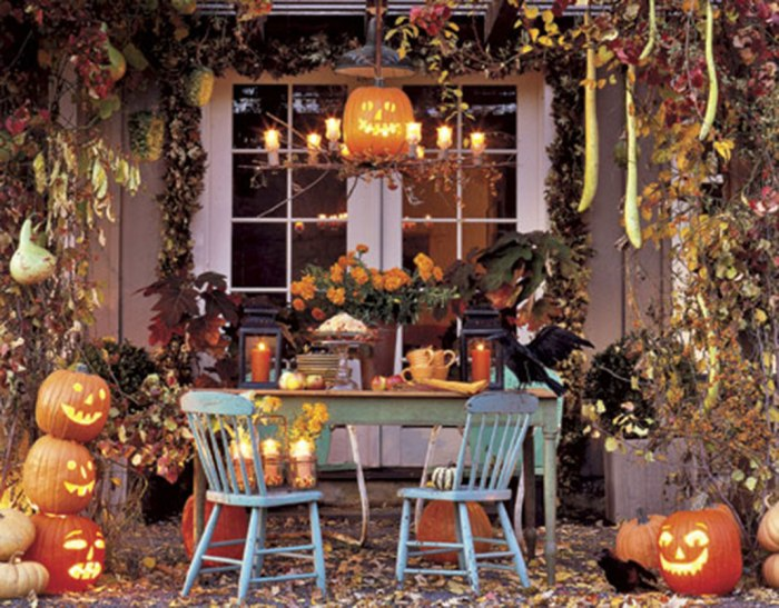 These-Halloween-Decorations-Convert-Homes-Into-Real-Horror-Meuseums-131