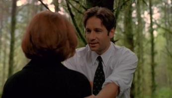 The-X-Files-Season-5-Episode-4-10-ed30