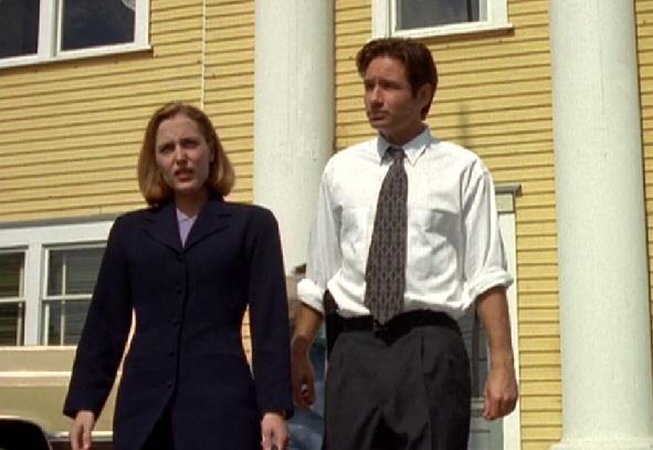 X-Files_4x02_003