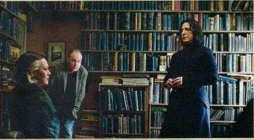 Behind-the-scenes-of-Harry-Potter-Alan-Rickman-rip-severus-snape-16080745-591-327