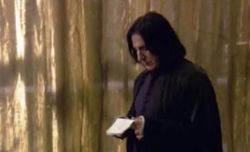 Behind-the-scenes-of-Harry-Potter-Alan-Rickman-rip-severus-snape-16080815-472-289