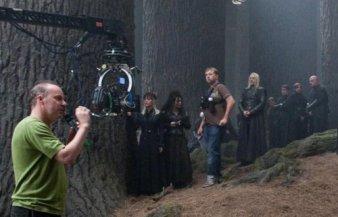 Behind-The-Scenes-The-Deathly-Hallows-part-2-bellatrix-lestrange-24728727-500-322