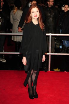 Clemence+Poesy+red+carpet+Harry+Potter+Deathly+wRgbLsuTc4sx