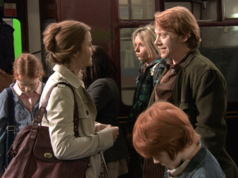 Deathly-Hallows-Behind-the-Scenes-harry-potter-26601489-1280-957