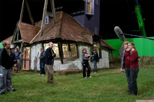 Deathly-Hallows-Part-1-Behind-the-Scenes-harry-potter-26748582-1280-853