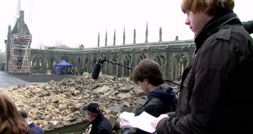 Deathly-Hallows-Part-2-Behind-the-Scene-Pictures-harry-potter-25305653-846-452