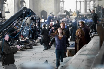 Deathly-Hallows-Part-2-Behind-the-Scenes-harry-potter-26832510-1280-853