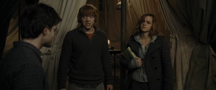 Harry-Potter-And-The-Deathly-Hallows-Part-1-BluRay-hermione-granger-22602274-1920-800