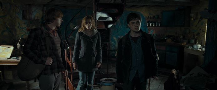 Harry-Potter-and-the-Deathly-Hallows-Part-1-BluRay-romione-21364120-1920-800