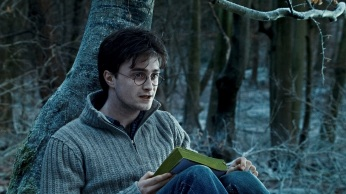 """HP7-1-FP-0484 DANIEL RADCLIFFE as Harry Potter in Warner Bros. Pictures' fantasy adventure """"HARRY POTTER AND THE DEATHLY HALLOWS – PART 1,"""" a Warner Bros. Pictures release. Photo courtesy of Warner Bros. Pictures"""