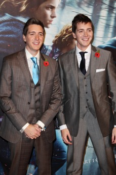 LONDON, ENGLAND - NOVEMBER 11: (UK TABLOID NEWSPAPERS OUT) James and Oliver Phelps attend the World Premiere of Harry Potter And The Deathly Hallows: Part 1 held at The Odeon Leicester Square on November 11, 2010 in London, England. (Photo by Dave Hogan/Getty Images)