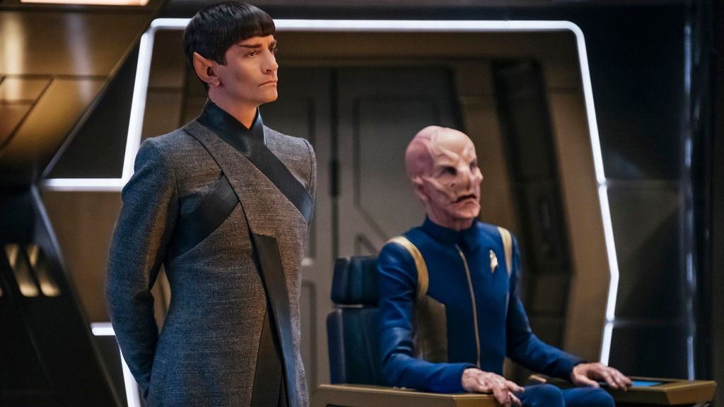 ÒWill You Take My Hand?Ó -- Episode 115 -- Pictured: (l-r) James Frain as Ambassador Sarek; Doug Jones as Saru of the CBS All Access series STAR TREK: DISCOVERY. Photo Cr: Jan Thijs/CBS © 2017 CBS Interactive. All Rights Reserved.